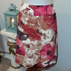 Beautiful East 5th Floral Skirt
